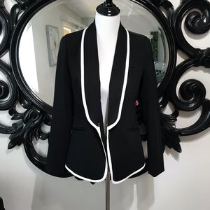 F21 size M black with white trim blazer